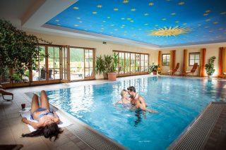 Waidringerhof Glückshotel Schwimmbad