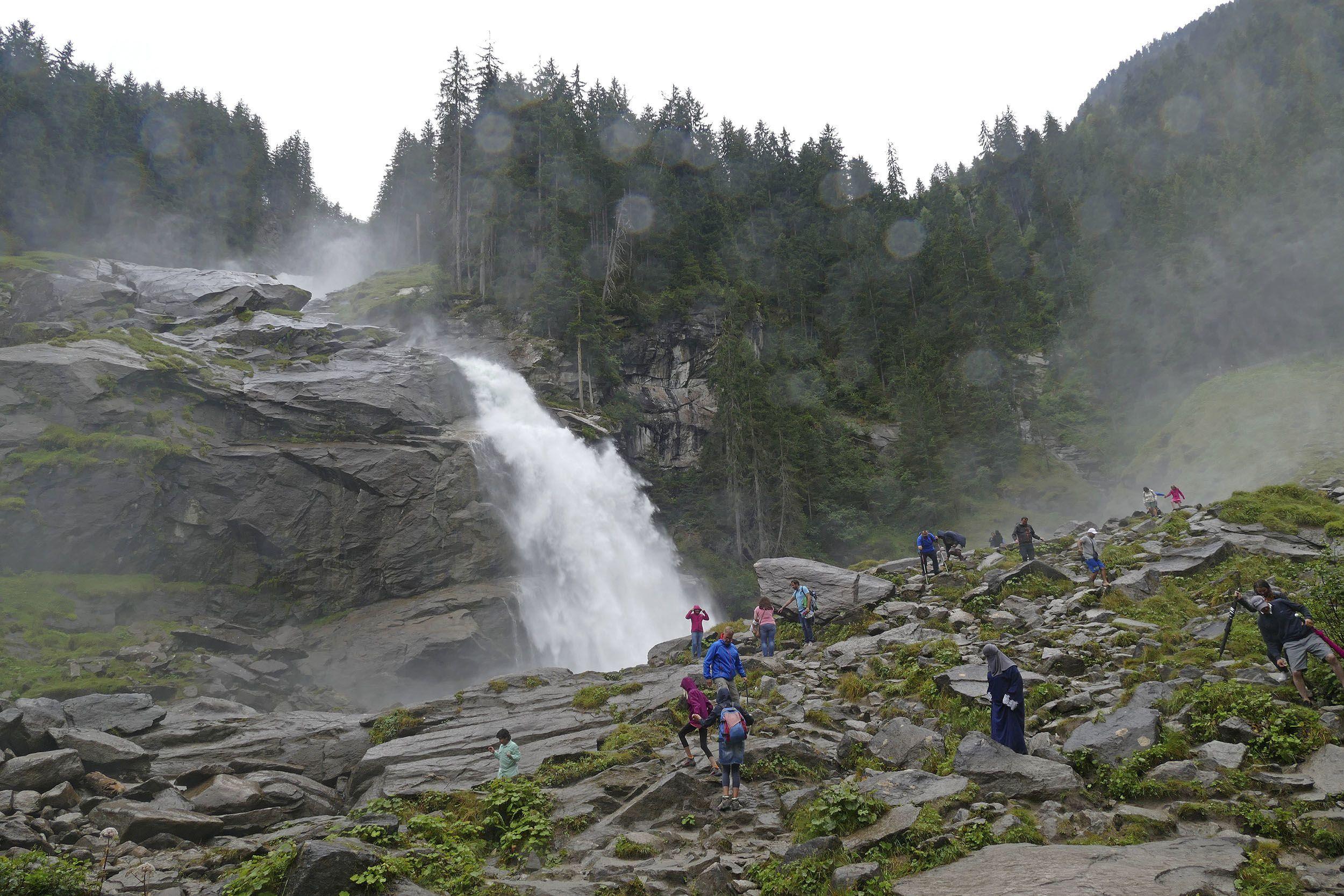 Magdalena Gassner an den Krimmler Wasserfälle
