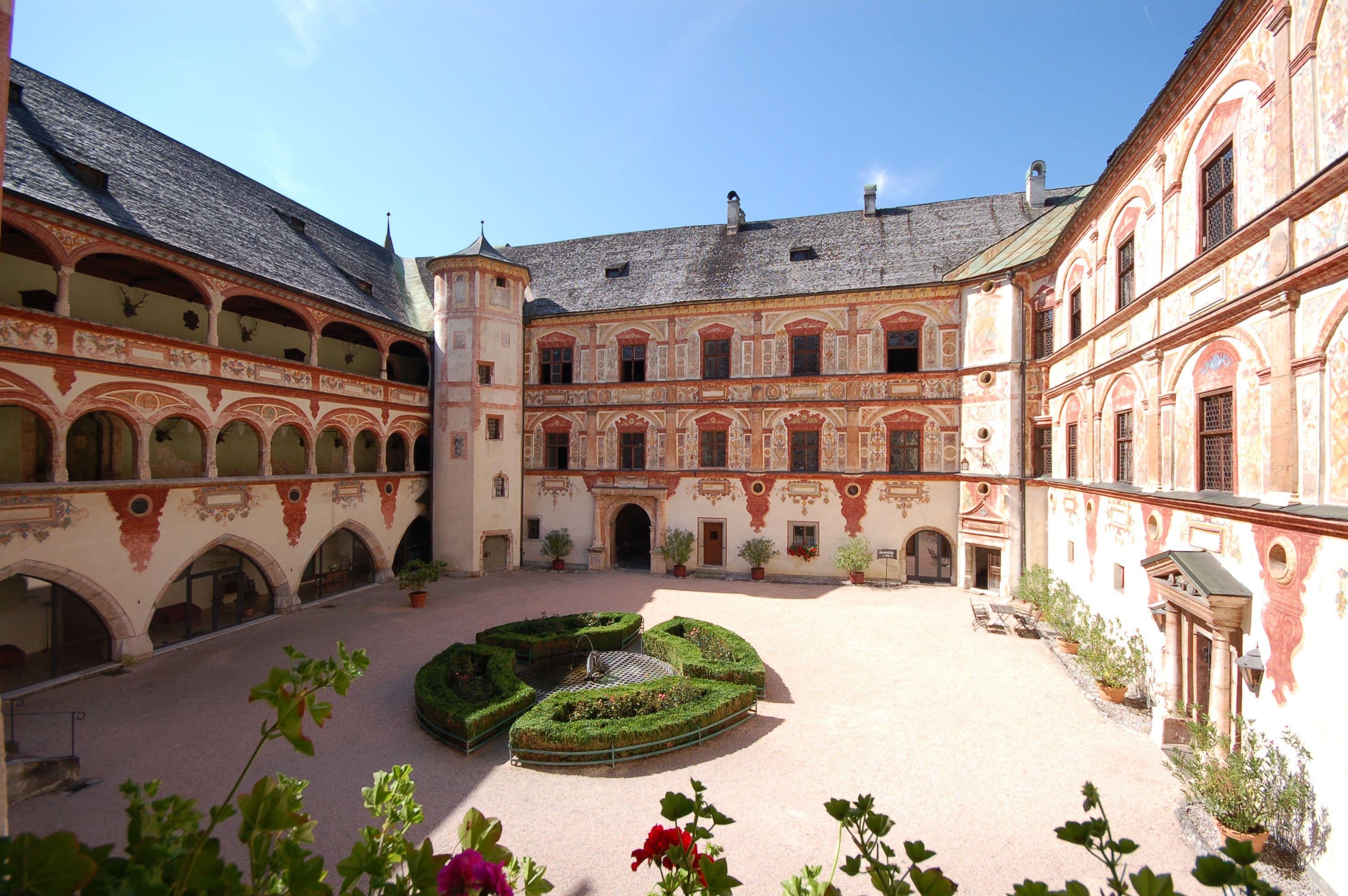 Innenhof Schloss Tratzberg