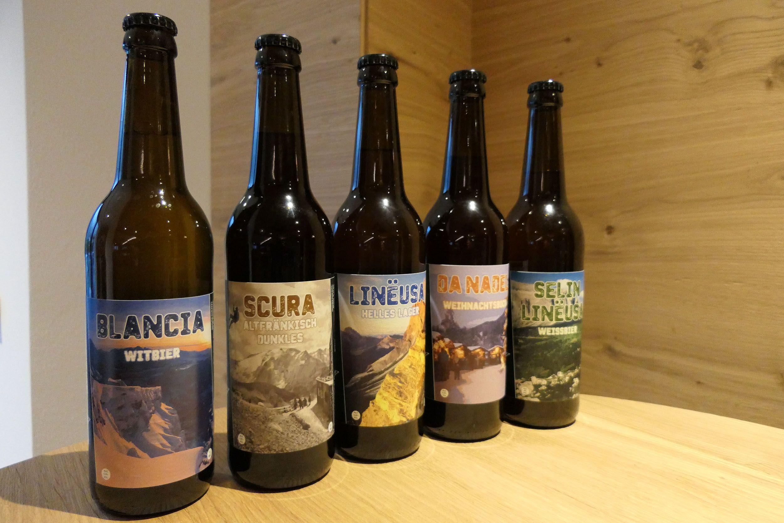 Das eigene Bier aus der eigenen Brauerei – mit Hopfen aus dem eigenen Garten © Stefan Herbke