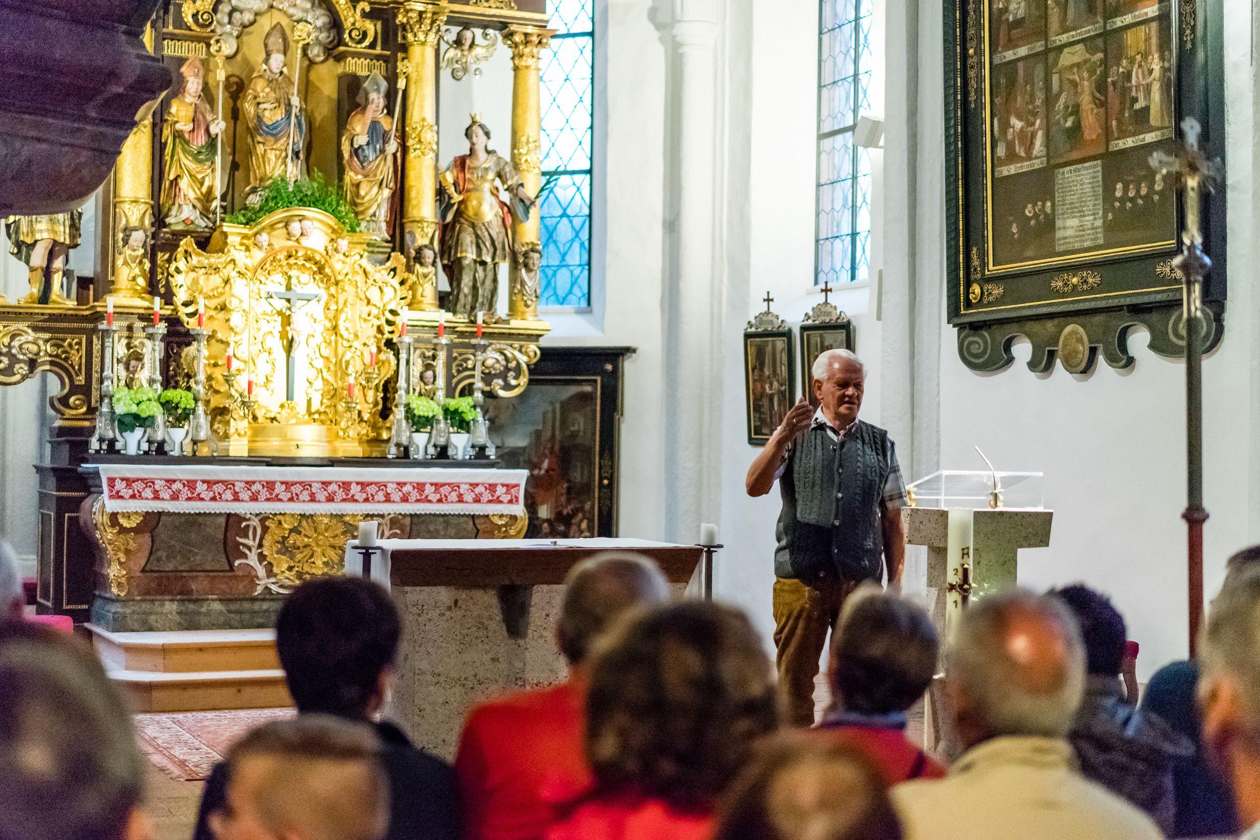 Kirche in Dienten beim Vital-Hotel Post