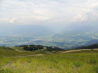 Blick auf die Stadt Bruneck vom Kronplatz aus