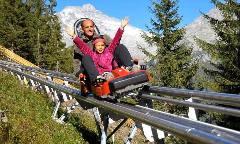 Spaß auf der Sommerrodelbahn am Klausberg
