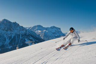 Skifahren an den Hängen des Kronplatzes