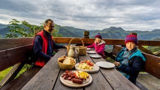 SonnenaufgangswanderungSonnenaufgangswanderung - Hotel Glemmtalerhof in Saalbach Hinterglemm, Österreich; Wanderhotels