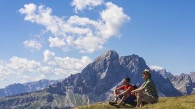 Wanderung auf die Mauerberg Spitze © Udo BernhartItalien Suetirol Trentino Alto Adige Eisaktal Luesen Wander- und Naturhotel Luesnerhof Wandern Mauerberg Spitze Peitlerkofel
