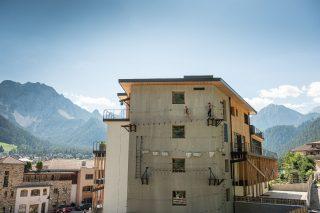 Kletterwand im Excelsior Dolomites Life Resort©Lorenz Masser