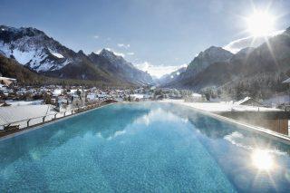 Excelsior Dolomites Life Resort Infinity Pool©Michael Huber
