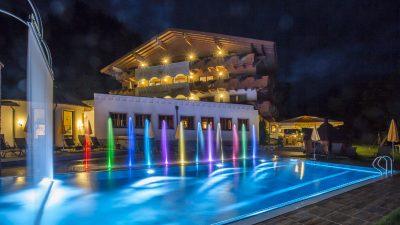 Landhotel Alpenhof Pool©Foto Design DAVID