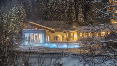 Landhotel Alpenhof Pool Winter©Foto Design DAVID