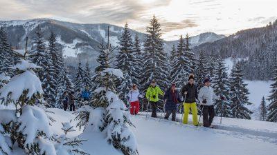 Landhotel Alpenhof Schneeschuhwandern©Foto Design DAVID