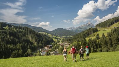 Landhotel Alpenhof Wandertour©Foto Design DAVID