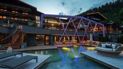 Wanderhotel Gassner Schwimmteich
