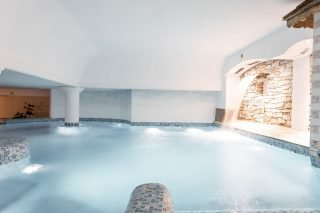 Wellnesshotel Traube Post Schwimmbad